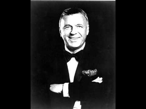 Tekst piosenki Frank Sinatra - Too close for comfort po polsku
