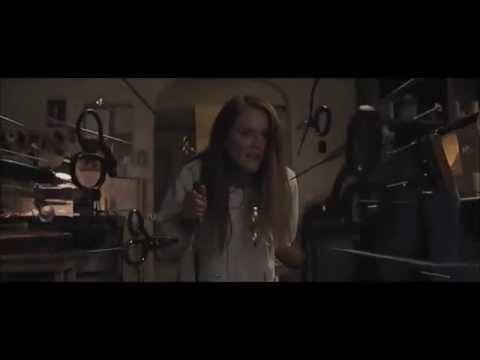 """""""Carrie"""" (2013) CLIP: Carrie Kills Margaret [Chloe Grace Moretz, Julianne Moore]"""