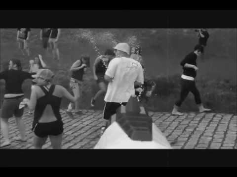 Splish & Splash Wasserschlacht - Teaser