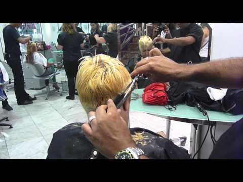 Corte de cabelo feminino  curto blond