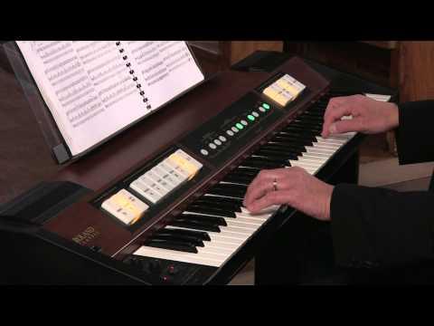 Roland C-200 Classic Organ - Hector Olivera - Mouret's Rondeau (видео)
