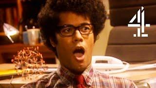 Video Funniest Moss Moments | The IT Crowd | Part 1 MP3, 3GP, MP4, WEBM, AVI, FLV Januari 2019