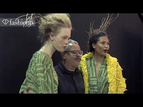 fashiontv.COM - http://www.FashionTV.com/videos SAO PAULO - FashionTV heads backstage at the Ronaldo Fraga Winter 2014 show at Sao Paulo Fashion Week. The crimp hairstyle is back for this show. Not only do...