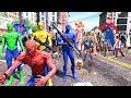 Man, Green Spiderman, Blue Spiderman, Yellow Spiderman VS Zombie Apocalypse