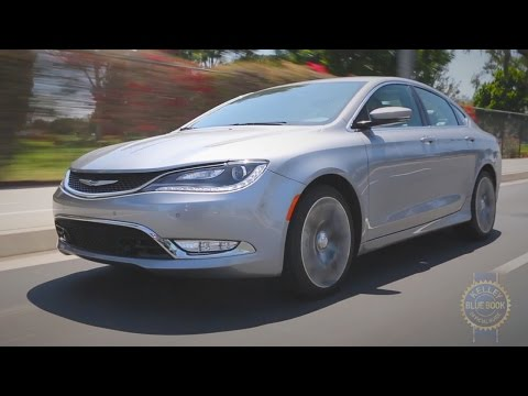 2015 Chrysler 200 Review – Kelley Blue Book