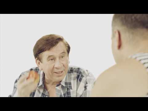 Реклама 90-х: Ролик не про айфон 7 (18+) (видео)
