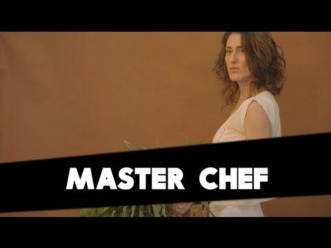 ASSISTA: Paola Carosella fala sobre Masterchef e mundo atual