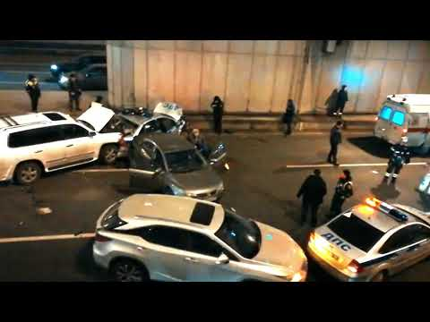 Обзор аварий. Смертельное ДТП в Гагаринском тоннеле в Москве