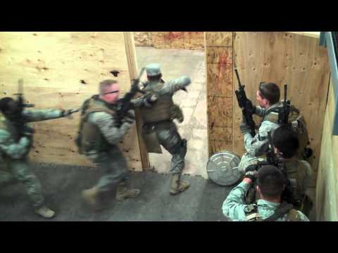 USAF EST Security Forces breaching and clearing (second run)
