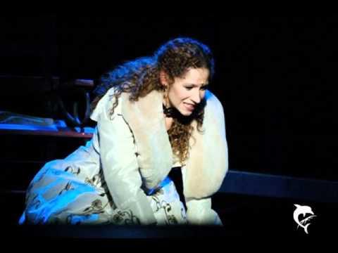 Rudolf musical - Ez a perc úgy fáj / Vágó Bernadett