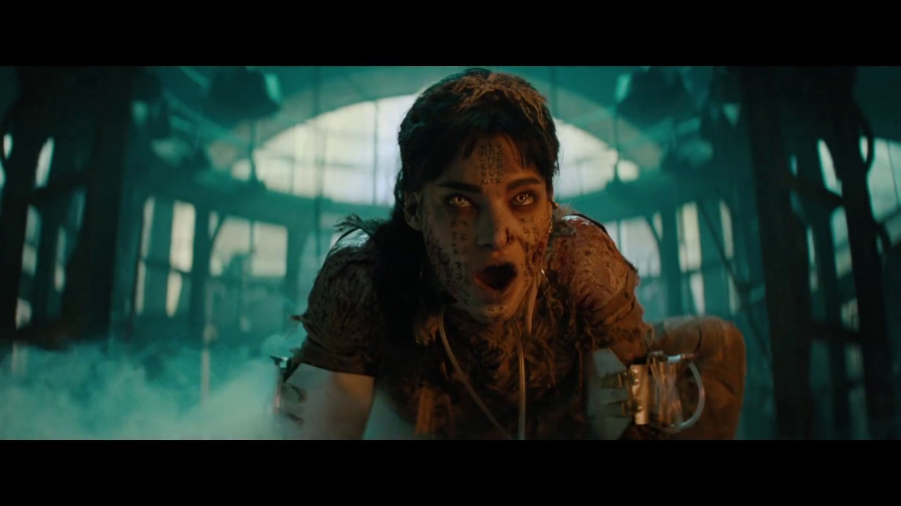 She is Real. She is Evil. She is Here. Watch Tom Cruise in 'The Mummy' (Clip) with Russell Crowe & More