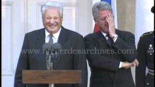 Video Fou rire Clinton Eltsine the big laugh MP3, 3GP, MP4, WEBM, AVI, FLV Juni 2017