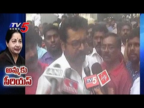 Actor Sarathkumar Visits Jayalalithaa at Apollo Hospital