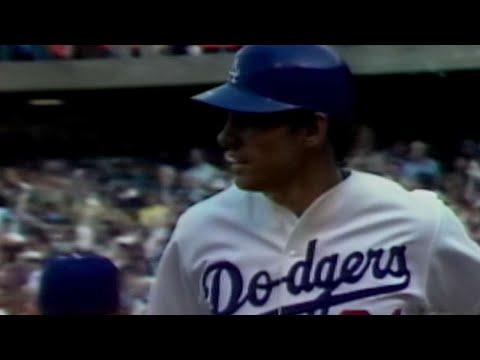 1981 WS Gm4: Johnstone's two-run home run off Davis