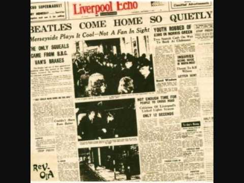 Liverpool Echo-Girl On The Train.wmv