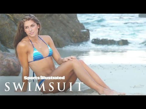 Alex Morgan's Sport Illustrated Swimsuit Shoot Is Spectacular