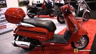 10. 2016 Kymco Like 200i Scooter - Walkaround - 2015 AIMExpo Orlando