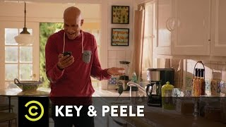 Uncensored - Key & Peele - Text Message Confusion - YouTube