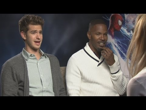 cast - Subscribe to TheShowbiz411! http://bit.ly/1dXOPuV The Amazing Spider-Man 2 cast lose their heads in these highlights from the film's UK promotional interview...