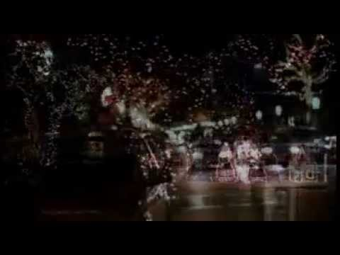 A Christmas Kiss - Trailer