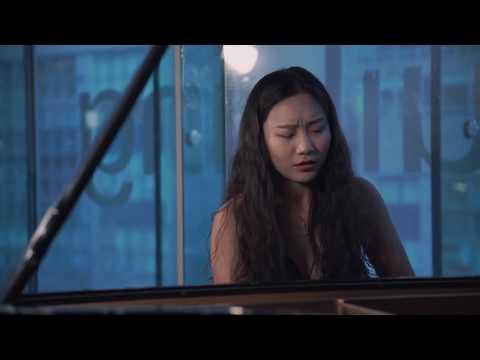 See video Wynona Wang plays Rachmaninoff Etude
