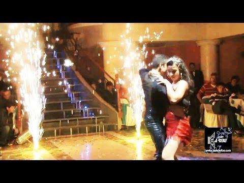 bailes de xv años - Servicios de Foto y Video aquí: http://www.zoncaribe.com Tel. 2619-0924 Cel. 55 2213-3977 Evento efectuado en el Salón Horus Palace en Cd. Nezahualcóyotl, Es...