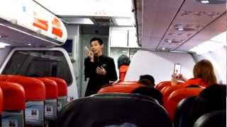 Video AirAsia Singing Flight Attendant MP3, 3GP, MP4, WEBM, AVI, FLV Juni 2018