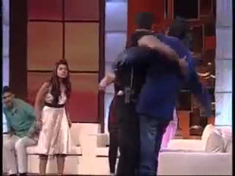 Fight In Raakhi Saawant Show