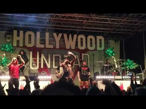 Hollywood Undead Brings Fan Up To Play Guitar And He Kills It! The Black Sheep 2017