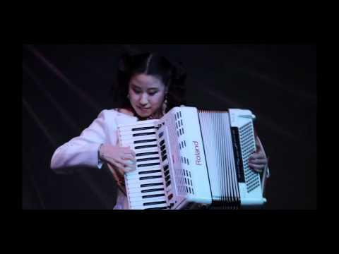 Accordion Music - Beer Barrel Polka (Rosamunde, Roll out the barrel)