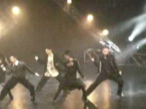 Espectacular Coreografía ¿Y ustedes creen que pueden bailar así?