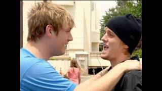 brothers nick and aaron carter