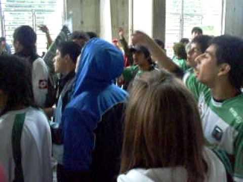 voy con la 12 pa todos lados.AVI - Los Devotos - Deportes Temuco