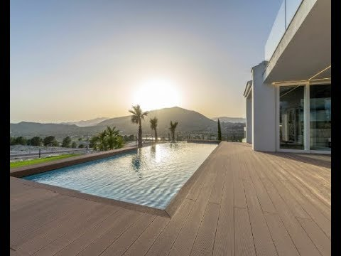 Stunning new villa in Benidorm! Luxury, comfort and the latest technology - it is the house in Sierra Cortina!