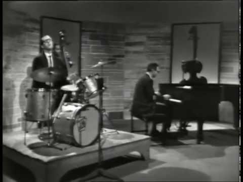 Dave Brubeck Quartet – Castilian Blues