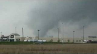 Vaughan (ON) Canada  city photo : Tornado in Vaughan, Toronto, Ontario across the street from Canada's Wonderland!