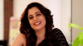 Funny Neha Pendse you can't stop laugh.