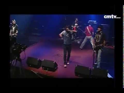 2 Minutos video Lejos estoy  - CM Vivo - Mayo 2009