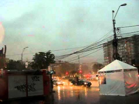 Video Severe thunderstorm  in Bucharest, Romania- July  17, 2011. download in MP3, 3GP, MP4, WEBM, AVI, FLV January 2017