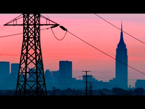 Blackout - Subscribe on YouTube: http://bit.ly/U8Ys7n Retro Report: In 2003, a blackout crippled areas of the U.S. and Canada, leaving some 50 million people in the dar...
