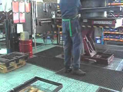 Lift tables now productive Work Benches  Video Image