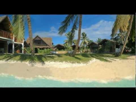 Ile Sainte Marie Madagascar Ecolodge le Ravoraha . Hotel restaurant wmv