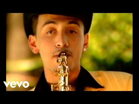 Nominada Para Nada - Alacranes Musical  (Video)