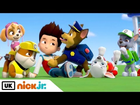 Paw Patrol | Sing Along: Theme Tune | Nick Jr. UK