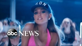 download lagu download musik download mp3 Ariana Grande, John Legend Perform 'Beauty and the Beast'