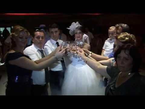 salloni dasmave - Martesa e Sazanit me Meriten në Sallonin e Dasmave Alegria Contact us : +377(0)44119019 +386(0)49119019 flu_pz@hotmail.com Ju mirepresim! You're Welcome! Pri...