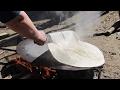 Yufka ekmeği Terekmek nasıl yapılır. Baking of Lavash.