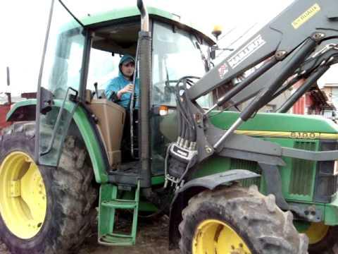!!!!!!!!VANDUT!!!!!!!!  VAnd Tractor JOHN DEERE 6100 SE 4x4 - 80 cp