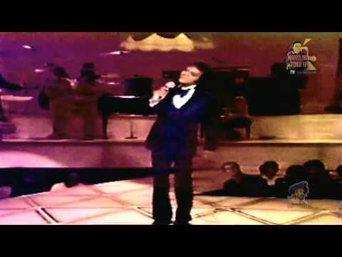 Tekst piosenki Johnny Mathis - How Deep Is Your Love po polsku