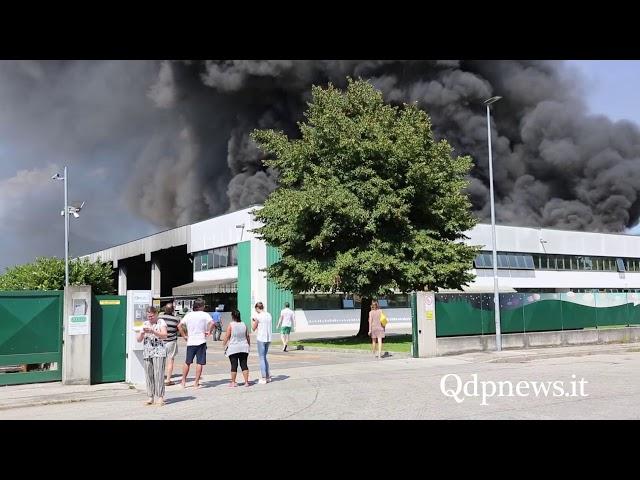 Vidor - incendio alla Vidori Servizi Ambientali